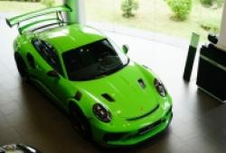 14 tỷ đồng cho siêu phẩm 'thằn lằn xanh' Porsche 911 GT3 RS 2019