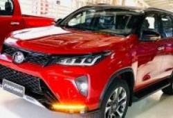 Ảnh thực tế Toyota Fortuner Legender vừa được ra mắt