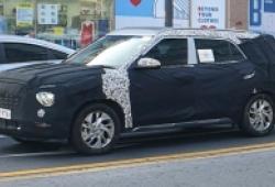 Bắt gặp Hyundai Creta phiên bản 7 chỗ chạy thử nghiệm trên phố
