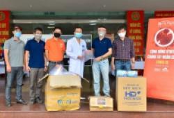 Bệnh viện Quân y 354 tiếp nhận quà tặng từ diễn đàn Otofun