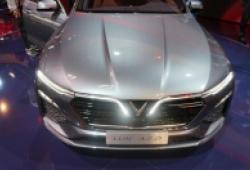 Giá xe Vinfast Lux A2.0 khiến thị trường xe sedan dưới 1 tỷ sôi động