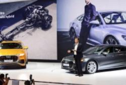 Hai 'ngôi sao' A7 Sportback và Q8 hút khách tại gian trưng bày Audi