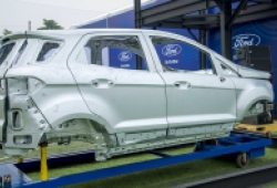 Ngành ô tô Việt Nam và châu Á bắt đầu 'ngấm đòn' từ virus Corona