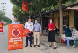 OTOFUN: Chi hội TTH tặng 6.700 kính chống giọt bắn cho cán bộ, chiến sỹ, y bác sỹ Hải Dương