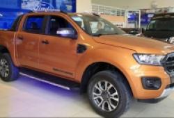 """""""Tận mục sở thị"""" Ford Ranger Wildtrak mới giá 918 triệu đồng vừa có mặt tại đại lý"""