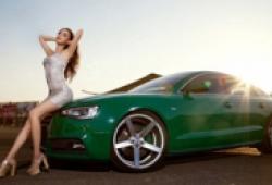 Thiếu nữ khoe thân hình nuột nà bên Audi A5