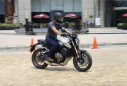 Trải nghiệm xe phân khối lớn Honda CB650R giá 245 triệu đồng