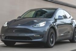 Triệu hồi 6.000 xe điện Tesla tại Mỹ lỗi phanh