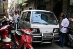 Tự sự của lái xe lần đầu đối mặt với giao thông Hà Nội