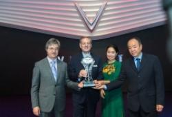 VinFast nhận giải thưởng 'Ngôi sao mới' tại Paris Motor Show 2018